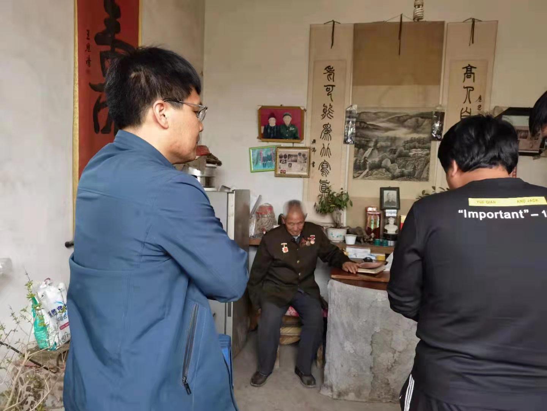 阳信县多部门赴水落坡镇采风 追忆峥嵘岁月聆听传奇故事