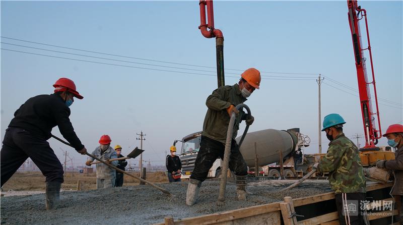 魏桥国科(滨州)科技园项目施工现场。